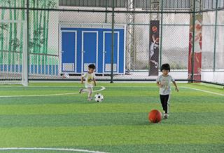 黄田镇体育中心为群众提供休闲好去处