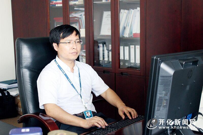 曹顺明:山村走出的保险法律专家