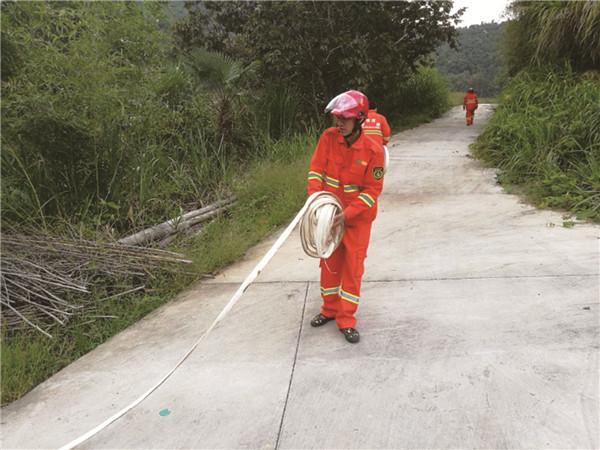 大街乡开展消防安全演练