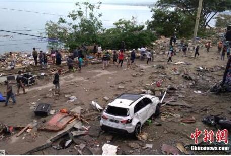 印尼强震致逾400人遇难