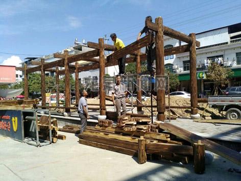 小梅镇小城镇环境综合整治景观节点休闲长廊项目建设现场