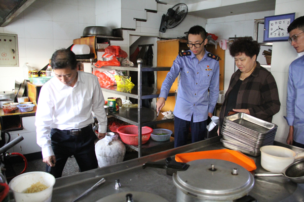 大麦屿:加强食品安全监管 助推创国卫工作