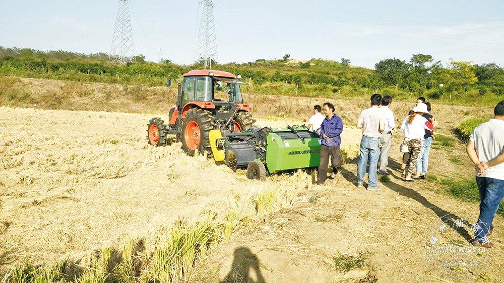 打捆机粉碎麦秆稻草