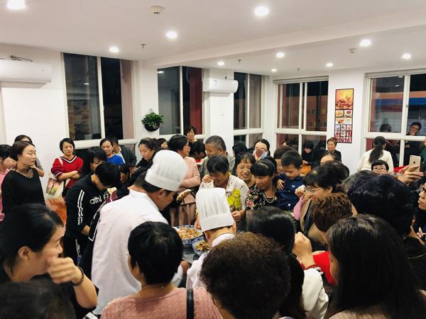"""楚门成人文化技术学校重新""""开班"""" 40余个培训科目免费学"""