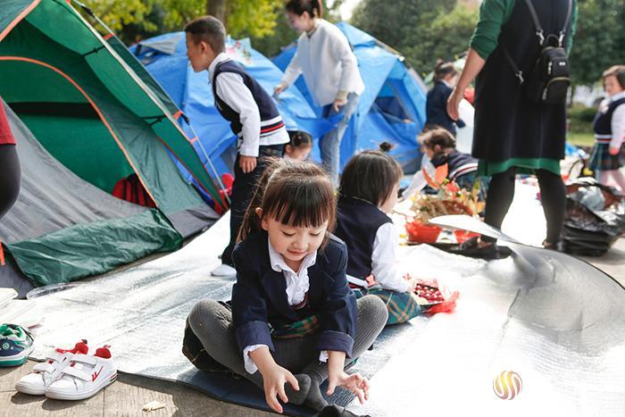 孩子们的秋日欢乐帐篷节