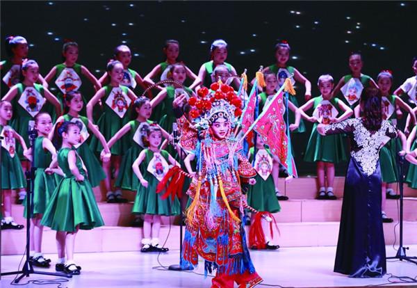 桥下小学合唱团获艺术表演类声乐组一等奖