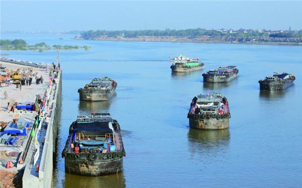 衢江航道再迎500吨级货船