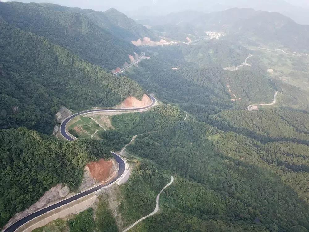 上东白山更快更方便!东阳市岭头至西垣公路一期工程完成交工质量鉴定