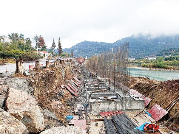 新镜线二期工程先行段建设已完成形象进度80%