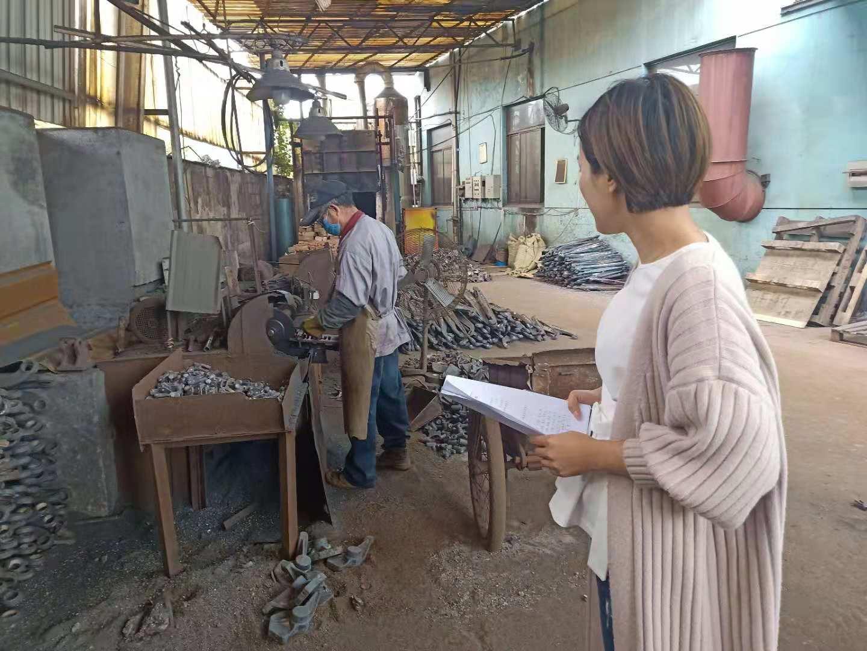 北漳镇食安办对辖区内企业进行安全生产检查