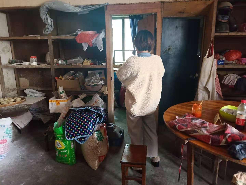 北漳镇食安办检查辖区内早餐卫生情况
