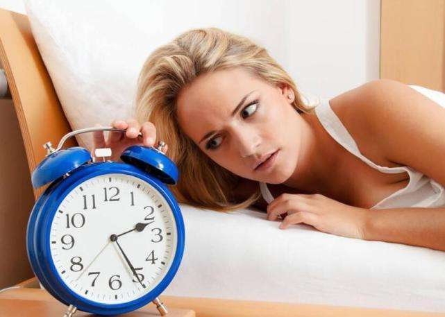 头痛头晕没力气 回笼觉为何越睡越累?