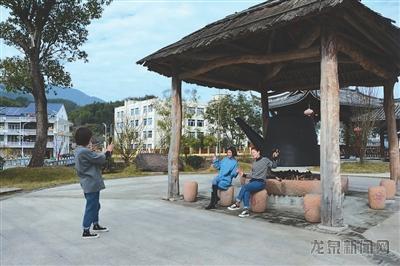 """竹��畲族乡巧打""""民族""""""""差异""""""""生态""""品牌 吸引游客观光旅游"""
