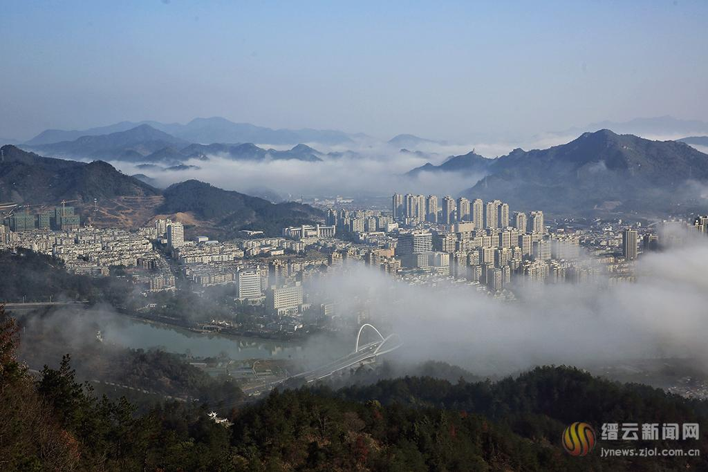 雾锁石城 梦幻唯美