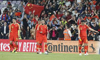 里皮再现神奇换人 中国队4分钟逆转泰国