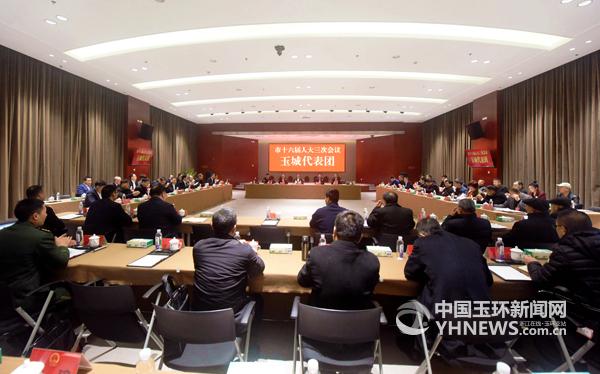 林先华参加玉城代表团审议 强调:勇当高质量发展排头兵、领跑者