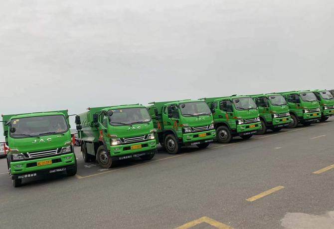 菜园镇引进新型有盖重型货车��助力美丽海岛建设