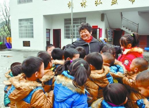 浙江4人获¡°全国最美志愿者¡±周秀芳当代表赴京