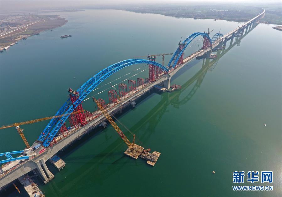 汉十高铁汉江特大桥主体完工