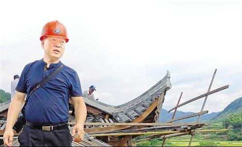 """近三十年致力于泰顺非遗的挖掘与保护 """"非遗管家""""季海波"""