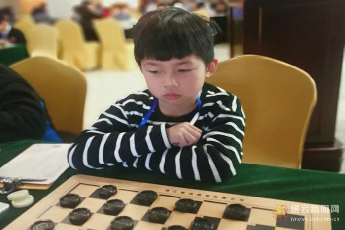省国际跳棋锦标赛,紫薇小学取佳绩_乐山延风中学