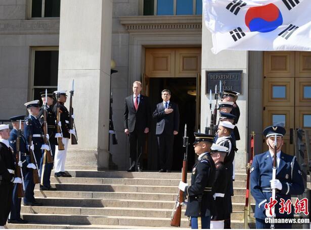 美韩防长在五角大楼举行会晤