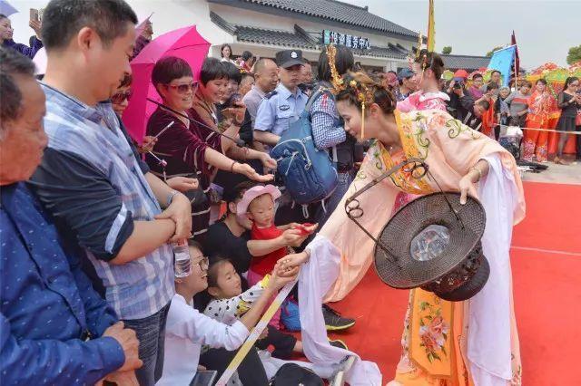 清明节除了祭祀��浙江各地还有这些传统习俗