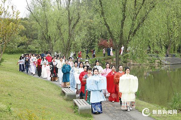 首届石城山花朝节举行