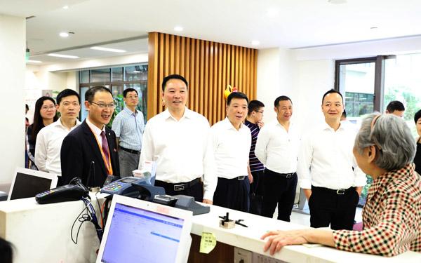 梅式苗率团赴广州考察学习并走访广交会临海参展企业