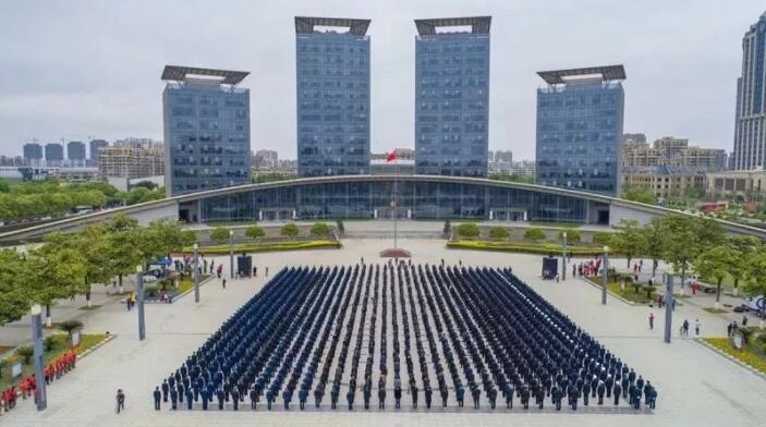 长兴县解放日 万人歌唱祖国