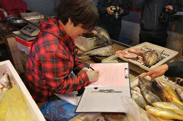 坎门:开展伏季休渔专项检查和宣传