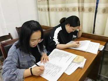 松源街道组织干部职工进行健康素养知识测试