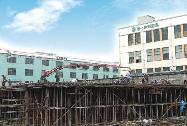 市光电创业园4幢大楼即将结顶,超额完成年度投资目标