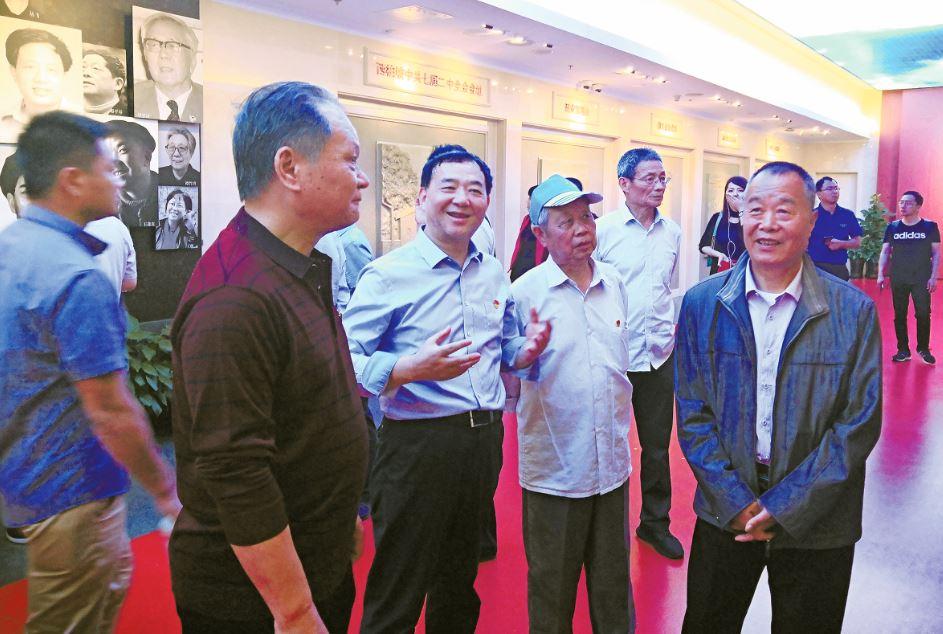 市电影公司党支部组织全体党员赴上海瞻仰中共一大会址纪念馆