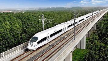 7月10日零时起 全国铁路将调图力保暑运