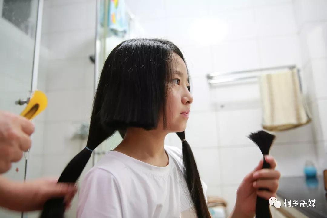桐鄉12歲女孩頭發一留長就剪短,背后原因如此溫暖