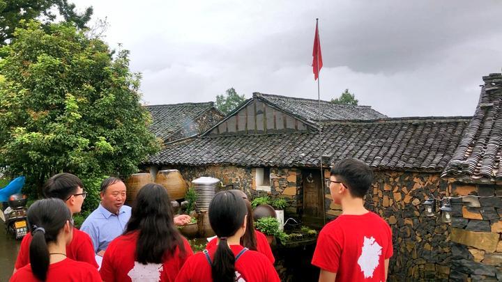 浙江师范大学寻访浙江11个乡村£¬体会新农村建设