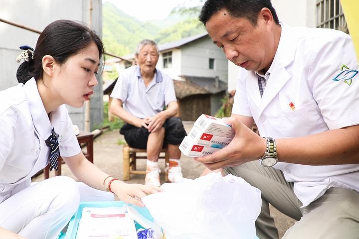 最美奮斗者丨萬少華:十年醫治細菌戰受害者