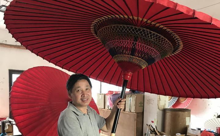 """""""聞叔的傘""""火了!富陽山村里的非遺油紙傘走紅"""