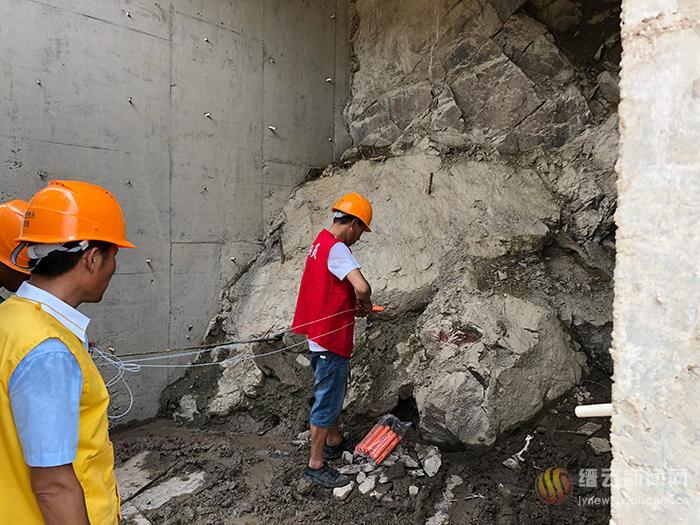 潜明水库引水工程完成首爆 隧洞工程打响起跑发令枪