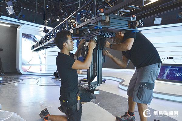 电视节目摄像用上机器人