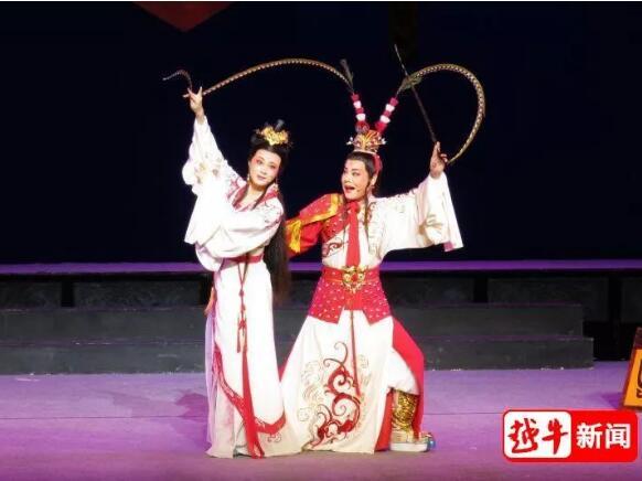 市越剧团携经典剧目在上海城市剧院献演