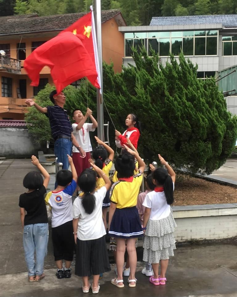 """叶子汉:""""与祖国同生日,我很自豪!"""""""