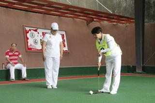我县庆祝新中国70华诞老干部门球赛举行