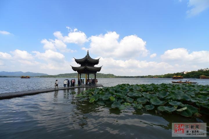 杭州:清风徐徐 气温宜人