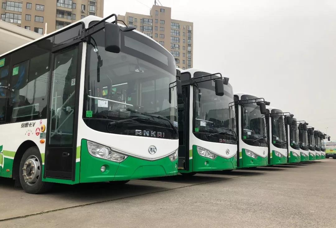 艇湖城市公园通公交车了!