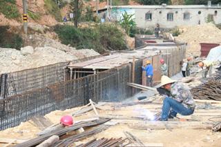 同济新村入口道路工程持续推进