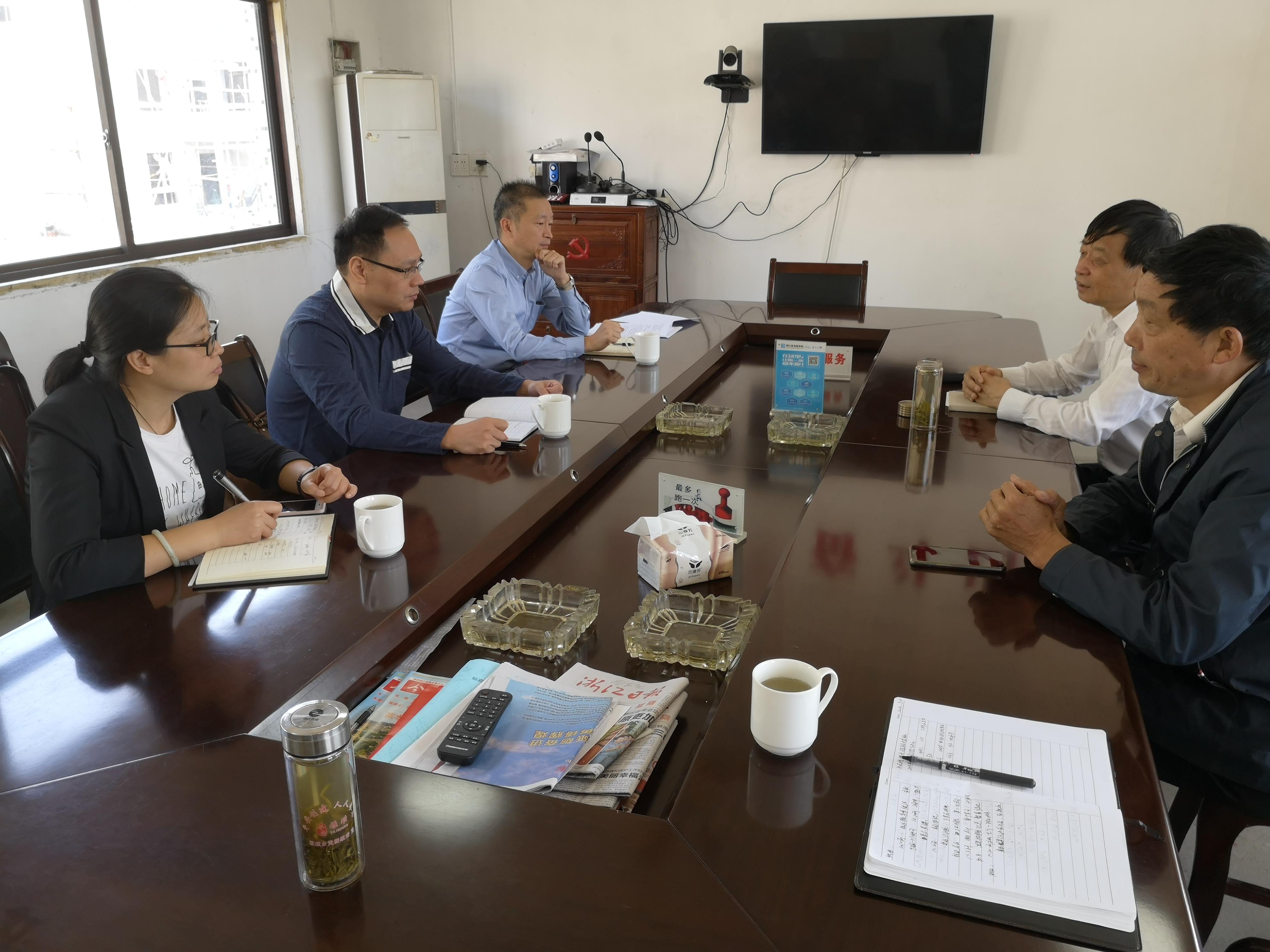 市委常委孔志刚到仙岩镇调研主题教育开展情况