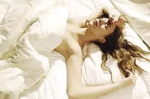 裸睡有4大好处 最后一个你绝对不知道