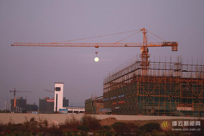 月亮有多重?